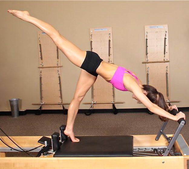 how to teach pilates mat class